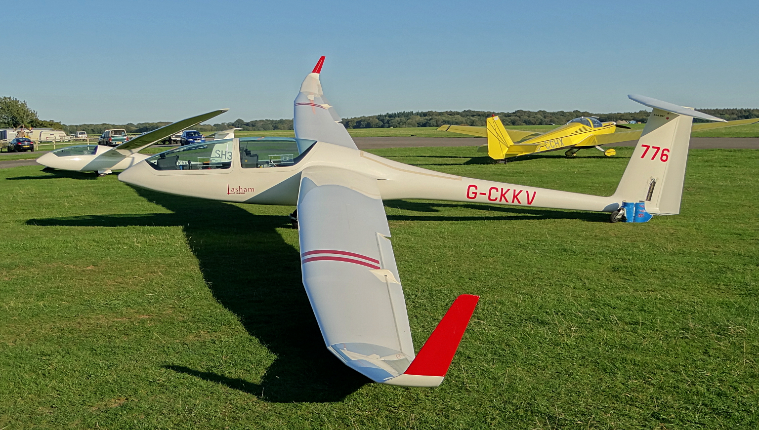GLIDER CHRONICLES 2011 – September 28th : Big Wings & Blue ...